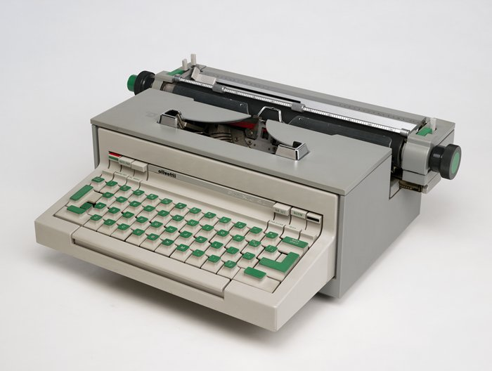Olivetti Praxis Electric Typewriter review - Daily Giz Wiz ...