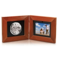 Coby Digital Photo Frame with Clock